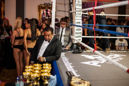 WHITE COLLAR BOXING -56